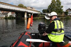 Safety Boat Hire Services In Devon
